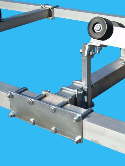 Stiffener Plate & Roller Tube (Close Up)